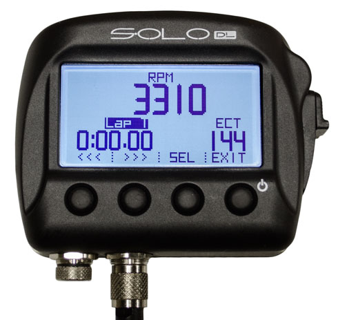 aim solo dl screen displaying RPM, lap time, and water temperature